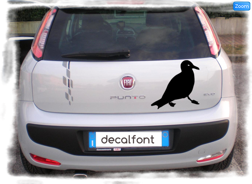 L'effetto dell'adesivo Uccello su una Fiat Punto